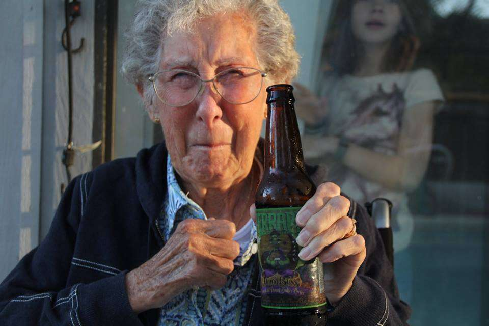 Elle s'appelle Norma, a 90 ans, a refusé une chimio et s'est barrée en road trip